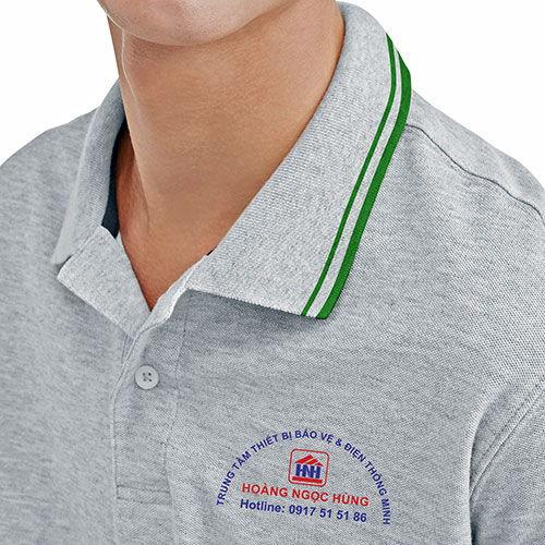 Logo in trên áo đồng phục tập thể nhân viên Hoàng Ngọc Hùng