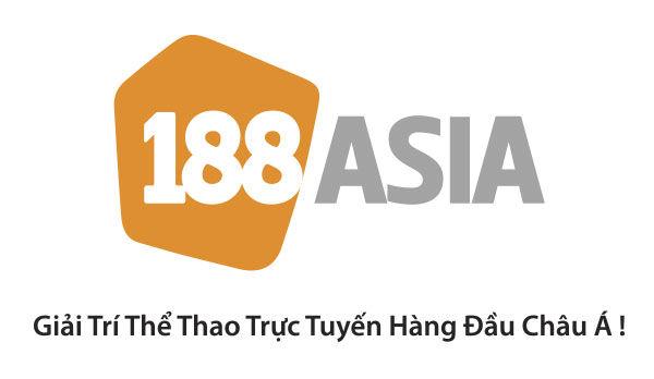 Logo 188 Asian in trên đồng phục đá banh phía sau